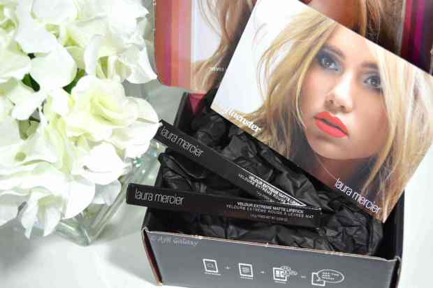 influenster_lauramercier_velourextreme_box2